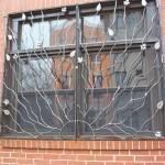 Решетки на окна стальной декор