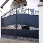 Большие металлические ворота фото