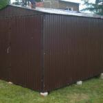 Готовый гараж из профлиста для дачи