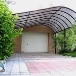 Навес для дома из поликарбоната вариант 4